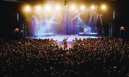Gianluca estrena videos de su celebrada presentación en Teatro Teletón