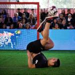 Dos chilenos podrían clasificar a la final mundial de Red Bull Street Style