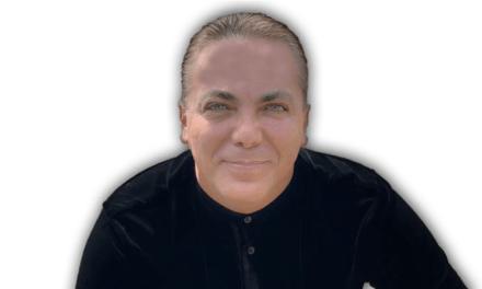 Cristian Castro presenta show en fecha navideña que incluirá homenajes a Juan Gabriel y José José