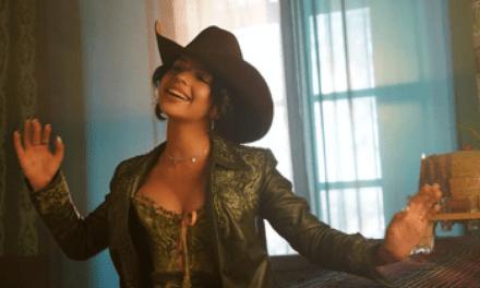 «En Realidad» es el nuevo lanzamiento de Ángela Aguilar