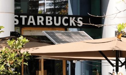 Starbucks mejora rendimiento medioambiental de sus tiendas con energías renovables