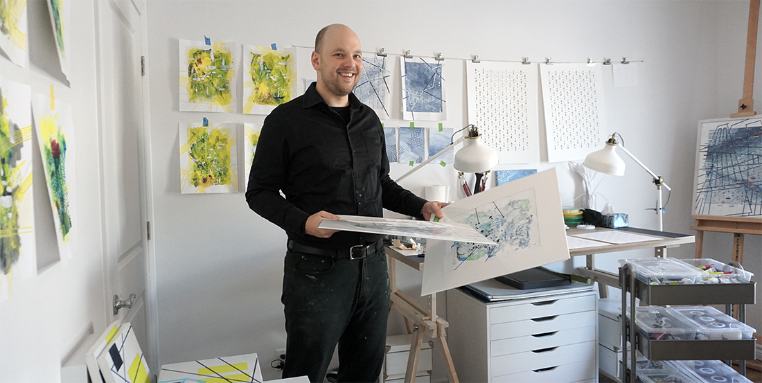 Martin Lukas Ostachowski in his art studio