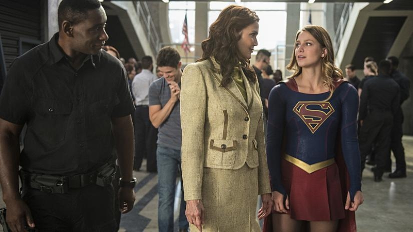 supergirl-welcome-to-earth