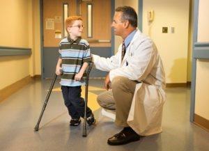 Остеохондропатия пяточной кости у ребенка. Остеохондроз пяточной кости у ребенка лечение