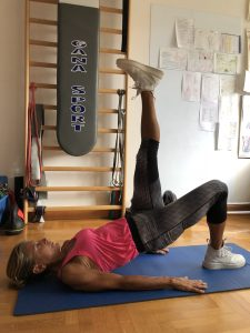 Simonetta-alibrandi-Osteopata-posturologo-personal-trainer-postura-corretta-lombalgia-esercizi-mal-di-schiena-core-glutei
