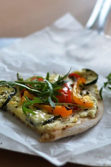 Pizza med frisk mozzarella