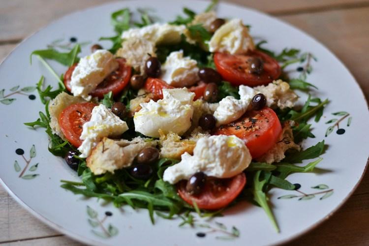 Salat med burrata