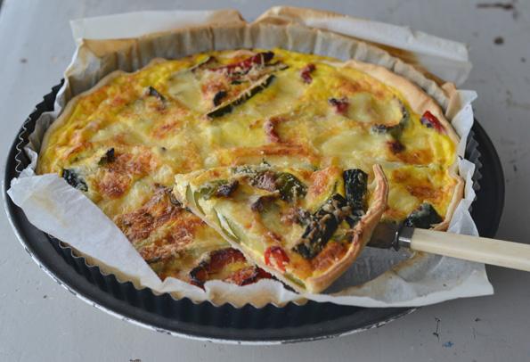 Tærte med grillede grøntsager og Reblochon
