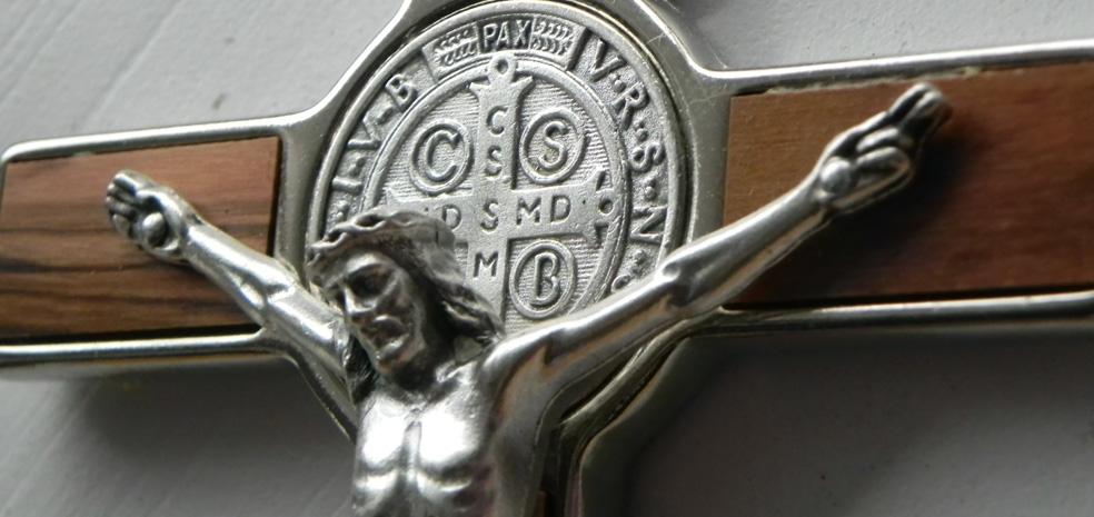 Jezus z krzyż św Benedykta - wyc.