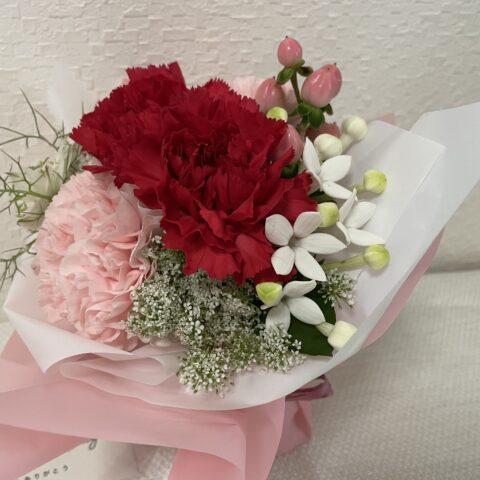 母の日おしゃれ安い花束レースフラワー