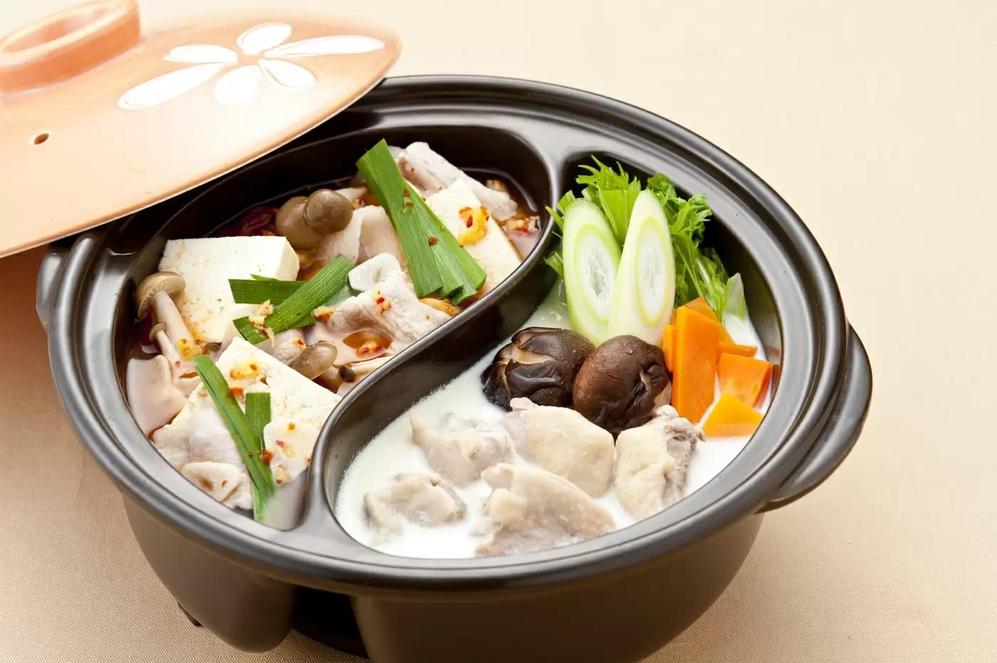 仕切り鍋おすすめ12選と料理家に聞く選び方|數種類の味を楽しもう! | マイナビおすすめナビ