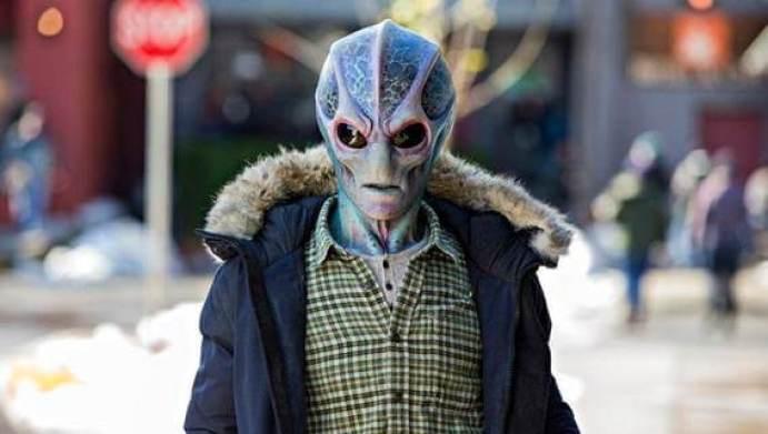Resident Alien Star+
