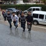 KOZAN'DA SOSYAL MEDYADA CANLI YAYINDA UYUŞTURUCU KULLANANLAR TUTUKLANDI