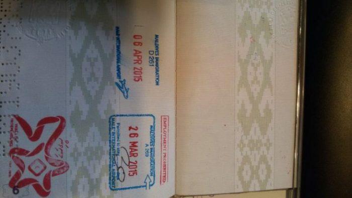 Какие проблемы возникают у обладателей сувенирного штампа в паспорте