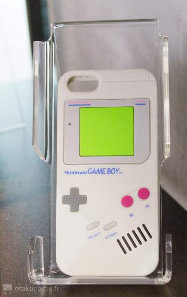 Et la très célèbre coque Gameboy pour Iphone 5