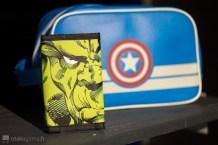 Le portefeuille Hulk et la besace Captain America