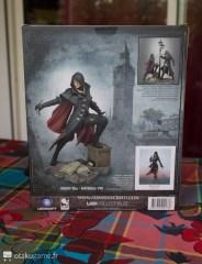 Boite de la figurine Assassin's Creed Evie