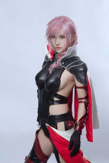 Cosplay de Lightning (Final Fatnasy XIII : Lightning Returns)