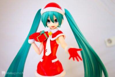 """Hatsune Miku dans sa version """"Merry Christmas"""""""