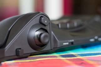 Le fameux joystick et le bouton X du Hori Tac Pro
