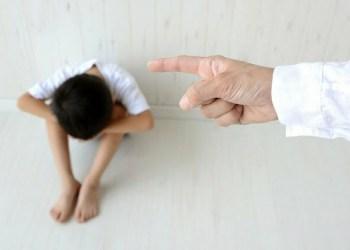 Nhật Bản sẽ cấm trừng phạt thân thể trẻ em