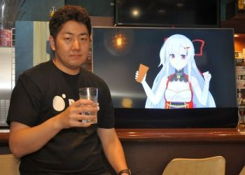 Bỏ hẳn 1 triệu đồng để uống 2 ly với idol ảo tại Nhật Bản