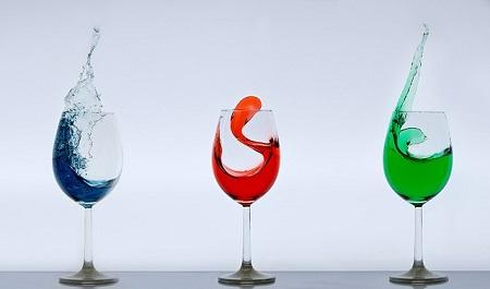 グラスと液体