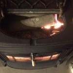 【検証】広葉樹薪を1晩焚いた時の熾きの残り方について