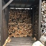 【薪を積む】選木薪35cmを積み始める