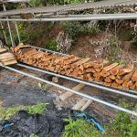 【自宅用薪】自宅用の雑木薪を積む