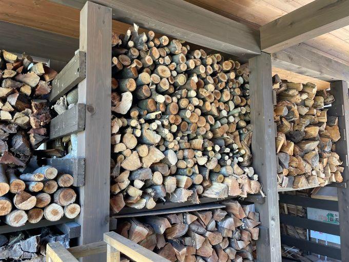 【自宅用】丸薪を積む