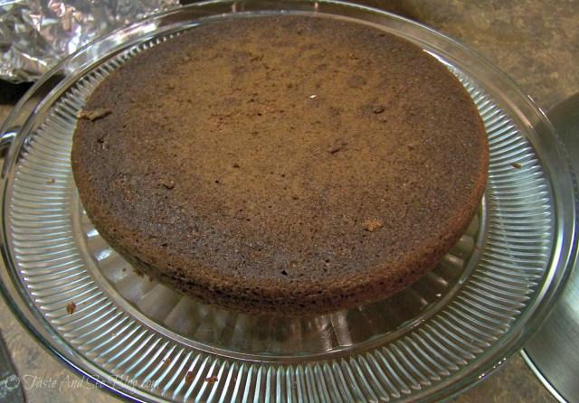 kit kat cake layer 1