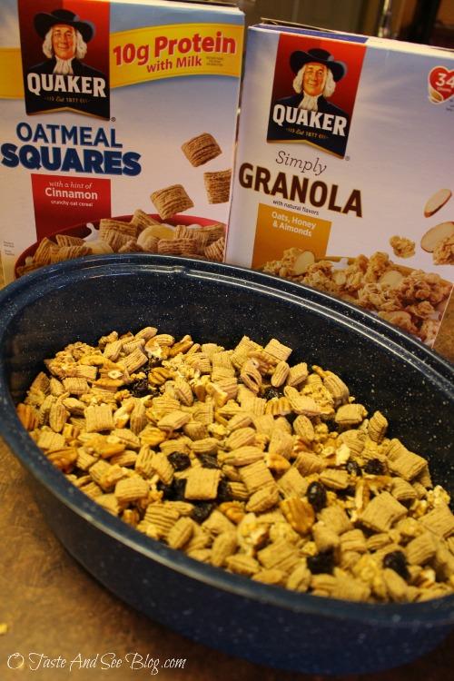 Praline Granola Snack Mix #spon
