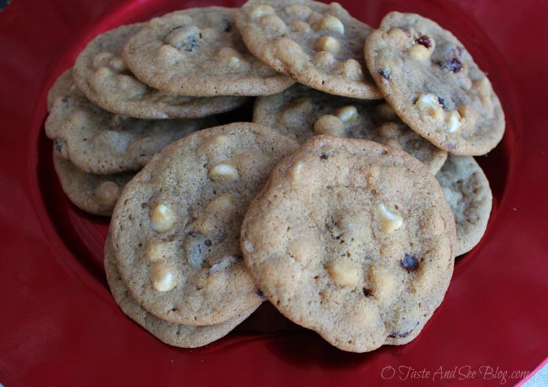 White Chocolate Cranberry Cookies #ad #HolidayRemix #BakeSomeonesDay