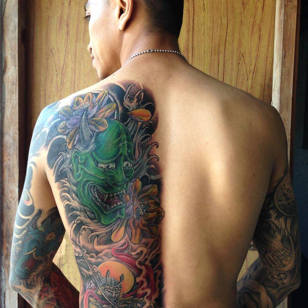 большая библиотека фото татуировок якудза обратились