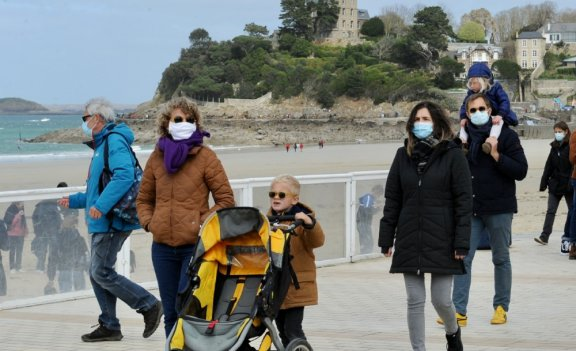 Le nouveau confinement ne provoque pas la grosse vague attendue en Bretagne