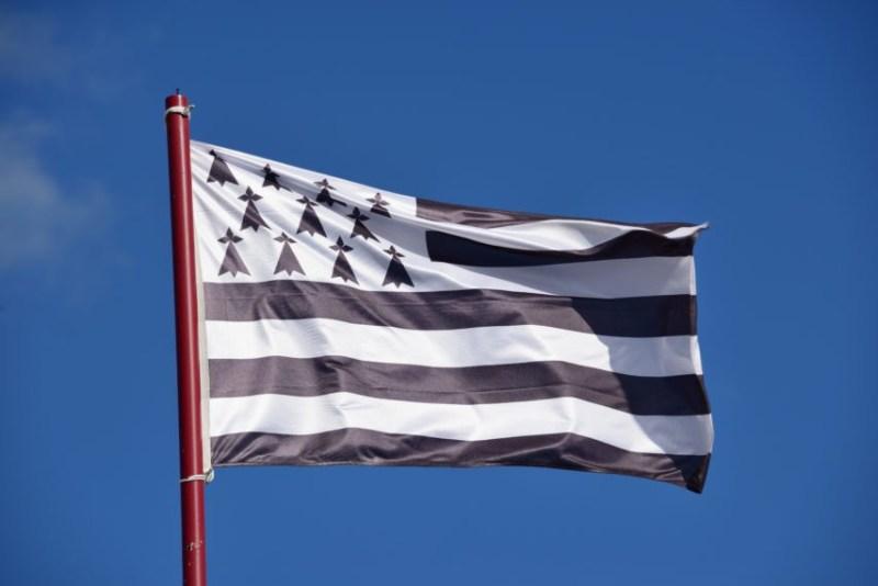 drapeau breton 854x570 1