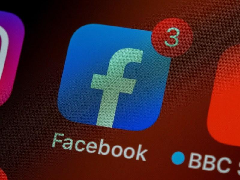 justice americaine attaque facebook demande demantelement