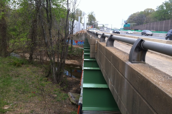 VDOT I-495 over Scotts Run  Soundwall #2JPG