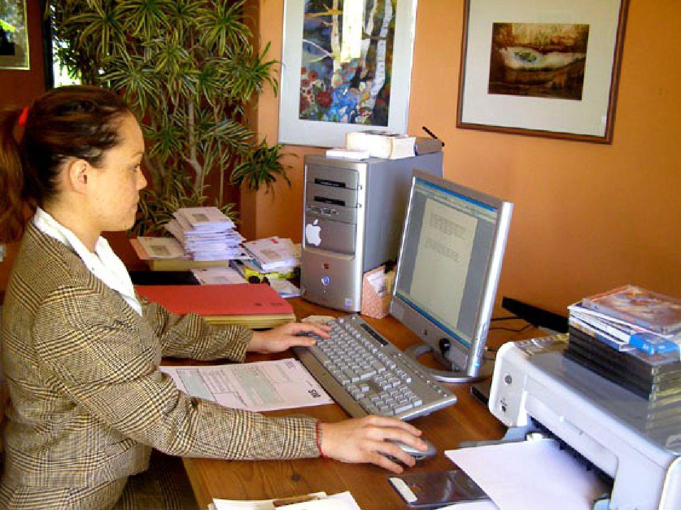Legal Secretary Courses with OTC  Australia