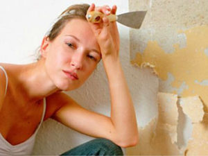 Πώς να αφαιρέσετε την παλιά ταπετσαρία από τους τοίχους