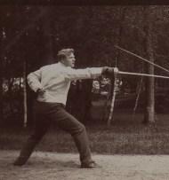 Лот №181, Две фотографии Федора Шаляпина: Тренировочный поединок по фехтованию. Тренировочный поединок по боксу, 1909