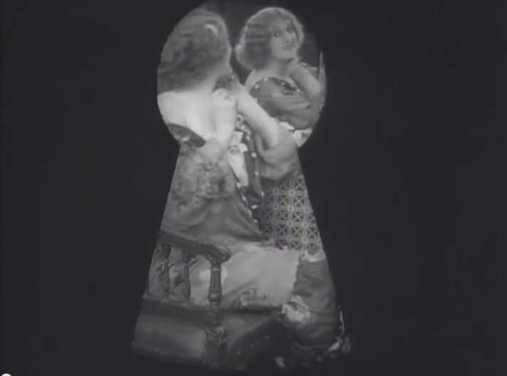 Кадр из фильма Евгения Бауэра «Тысача вторая хитрость» (1915)