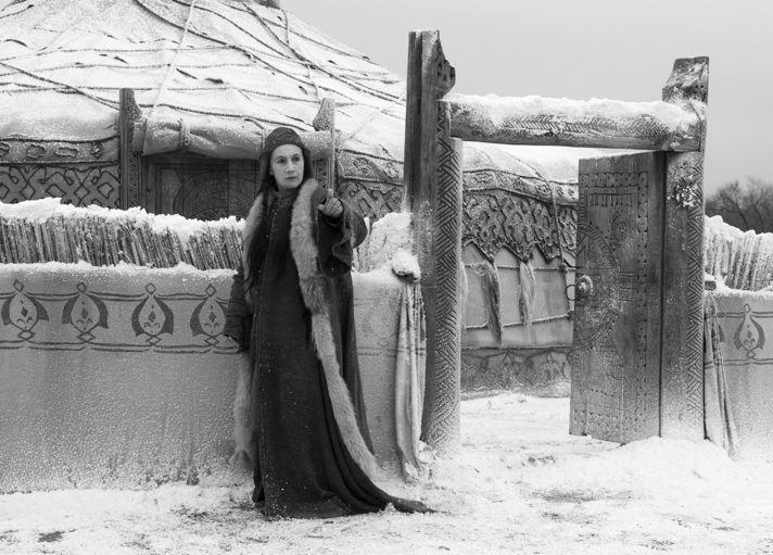 Роза Хайруллина вроли ханши Тайдулы. Фильм Александра Прошкина «Орда», 2012.