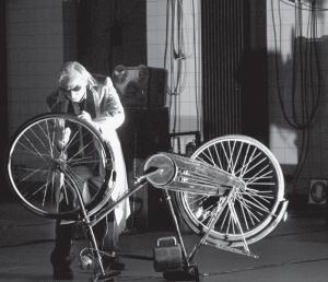 «Макс Блэк, или 62 способа подпереть голову рукой», постановка Хайнера Гёббельса, Электротеатр «Станиславский», Москва, 2015
