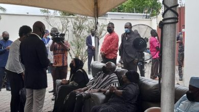 Photo of Government officials, MPs and others mourn with Bawumia over mother's demise