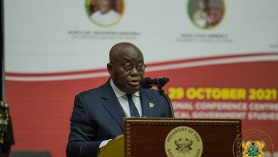 Photo of I will disappoint you if you don't live up to expectations – Akufo-Addo warns MMDCEs
