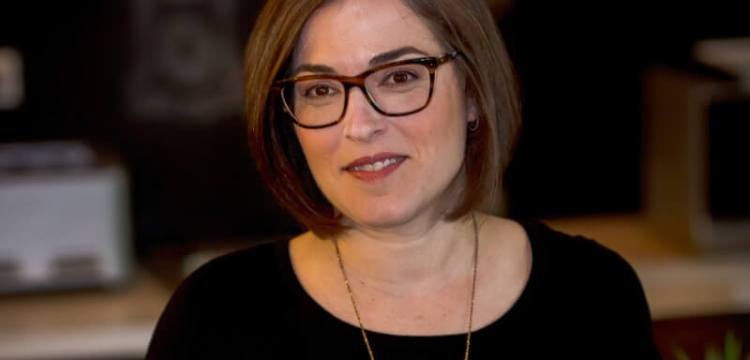 Maria Meyer, Senior Sales Manager