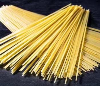 dried spaghetti pasta