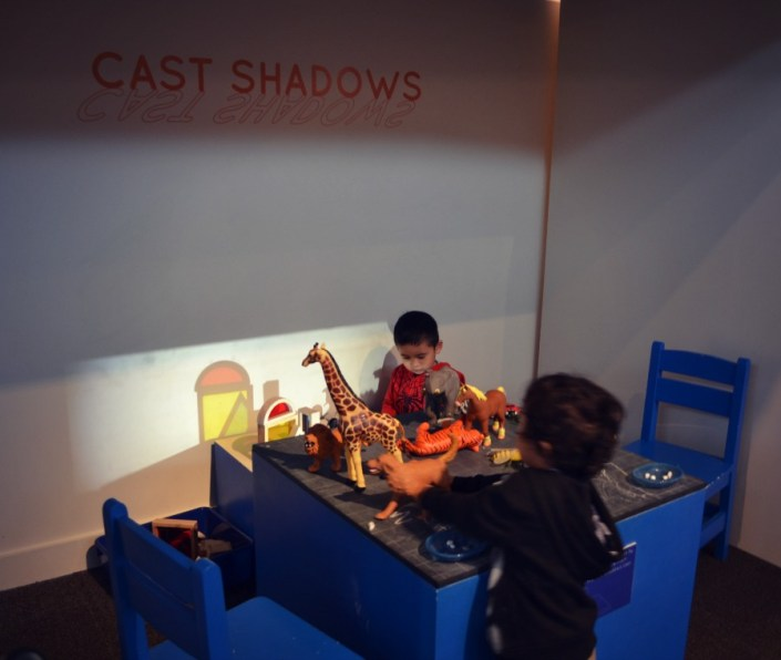 Kohl Children's Museum - Build It! - CastShadows